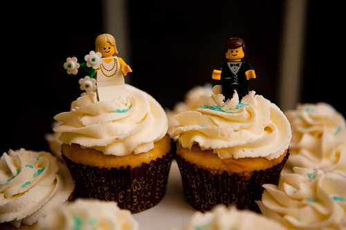 Stunning LEGO Wedding Cake Toppers On Cupcakes 500 x 333 · 87 kB · jpeg