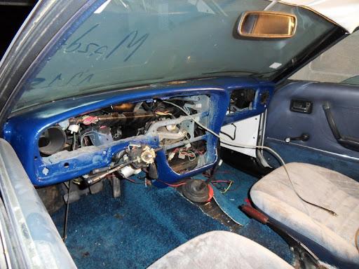 [MAZDA 121]Restauration Mazda 121 1977 - Page 4 SDC14547