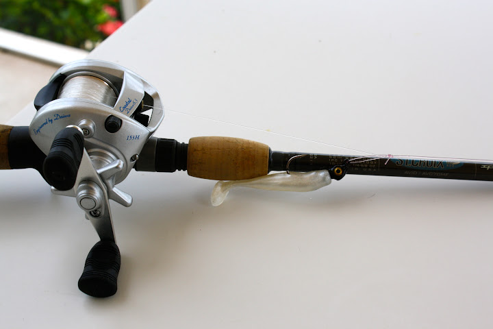 Buy Telescopic Pole Rod Daiwa Crossfire Scl 79053 additionally Bronze hasta moreover Cheap Shimano Sojourn 1 Piece Spin Rod 7 Feet Medium furthermore Needle And Thread Sale likewise Shakespeare Ugly Stik Inshore Select Spinning Rods. on st croix tidemaster spin rod