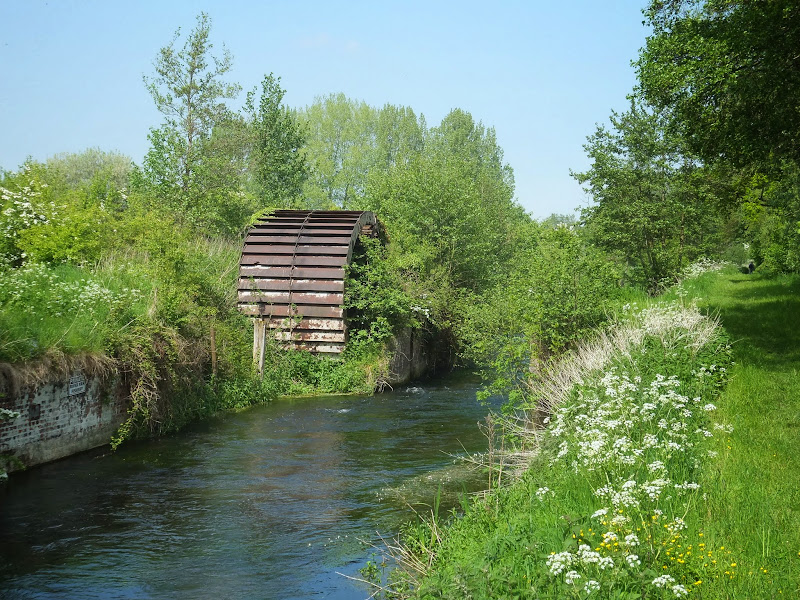 Waterwheel to the former Narborough Bone Mill