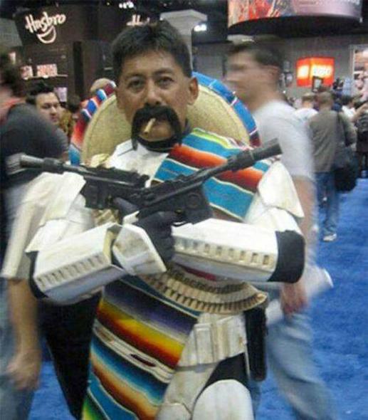 Mejicano disfrazado de soldado imperial