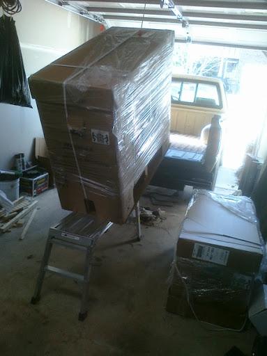 homak1-unloading.jpg