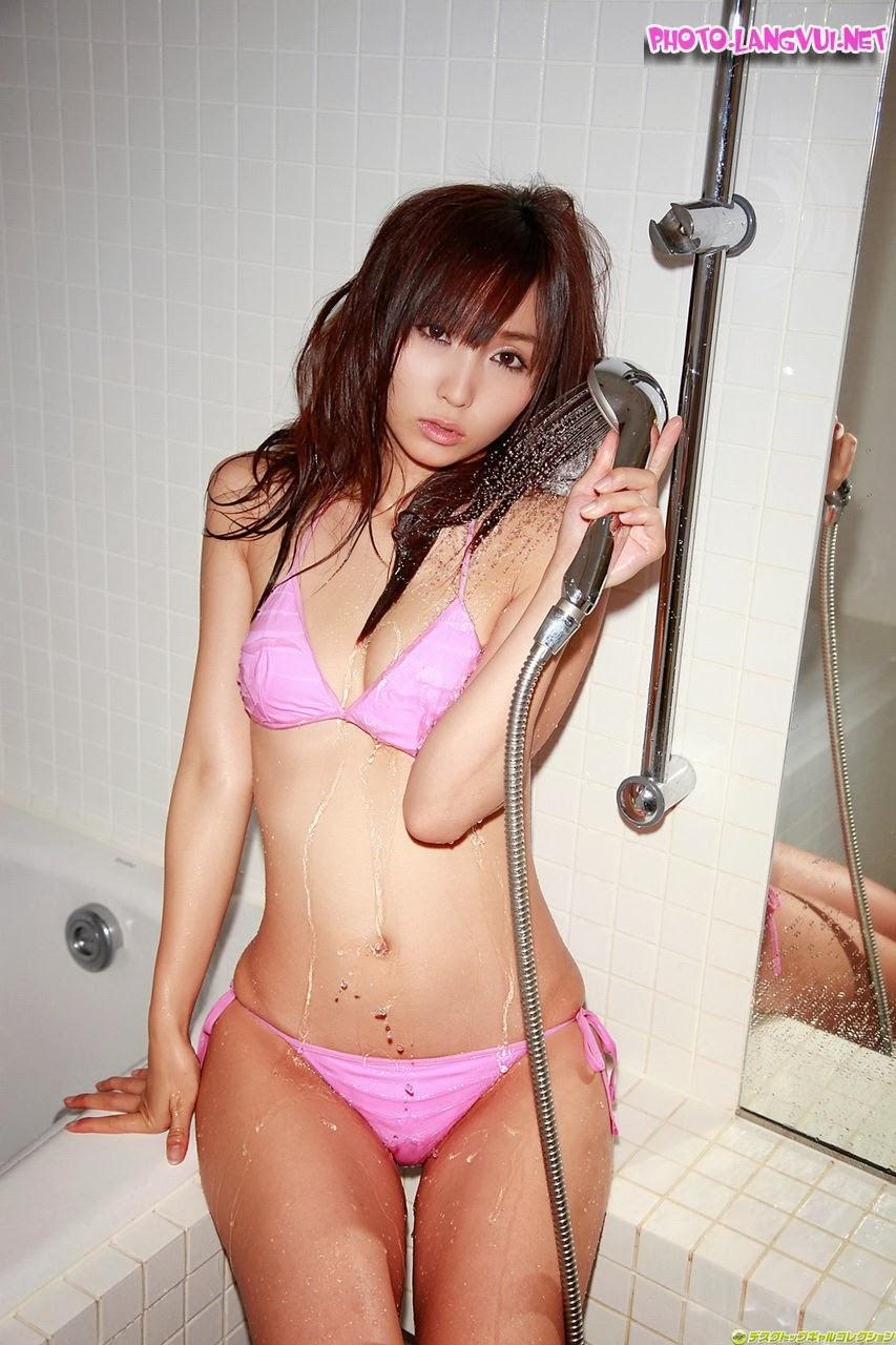 Risa Yoshiki p2