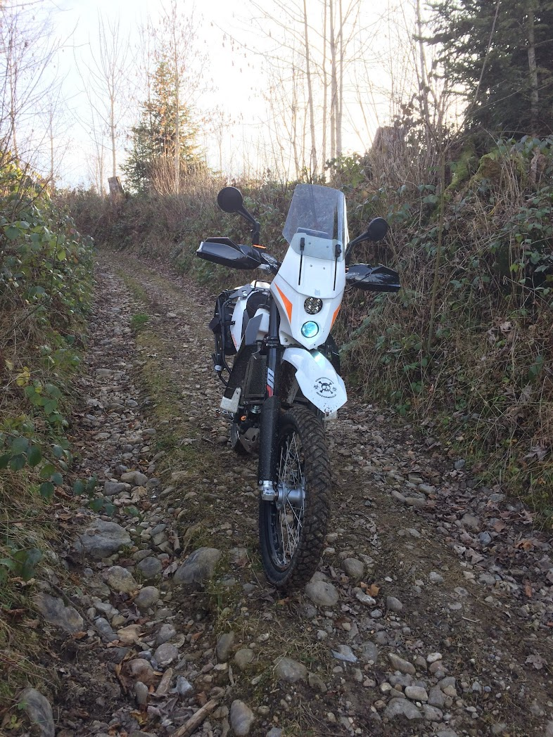 KTM 690 2014 - Page 2 690%2B2014%2Bcomplet%2Bphoto%2B11