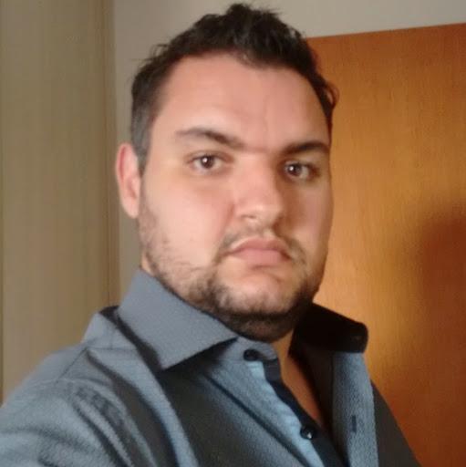 Tiago T Ferezin