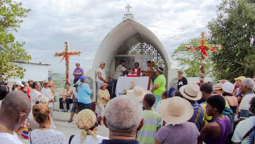 Misa en el cerro El Banqueo