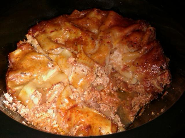 Dukan-ing in Hawaii: Crock Pot Lasagna with Pollo in Potacchio