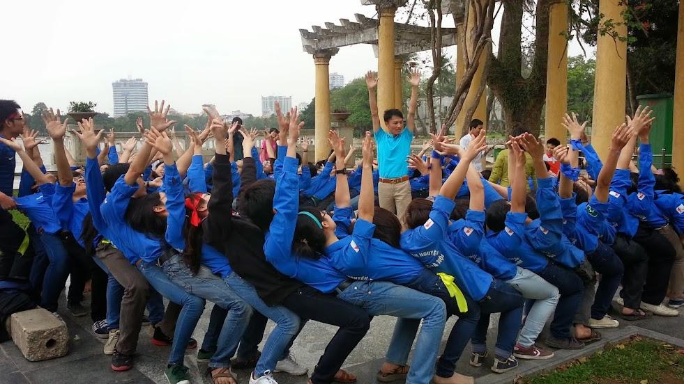 Khóa huấn luyện Team Building - sinh viên ĐH Dược Hà Nội
