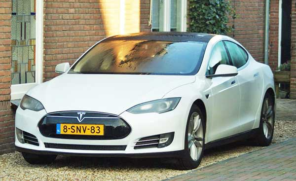 2016 Tesla Model S is cheapest version