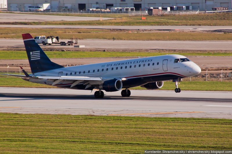 USA Ohio Columbus US Airways Express (Republic Airlines) Embraer ERJ-170-200LR 175LR N107HQ США Огайо Коламбус Ю Эс Эйрвейз Экспресс Репаблик Эйрлайнз Эмбраер 175