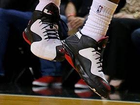 timeline 121129 shoe ambassador5 bwr 2012 13 Timeline