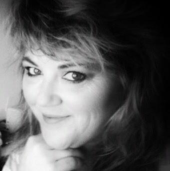 Lenise Smith Photo 16