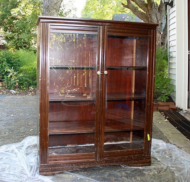 Decoro sin decoro restaurar un mueble en gris y azul for Mueble viejo