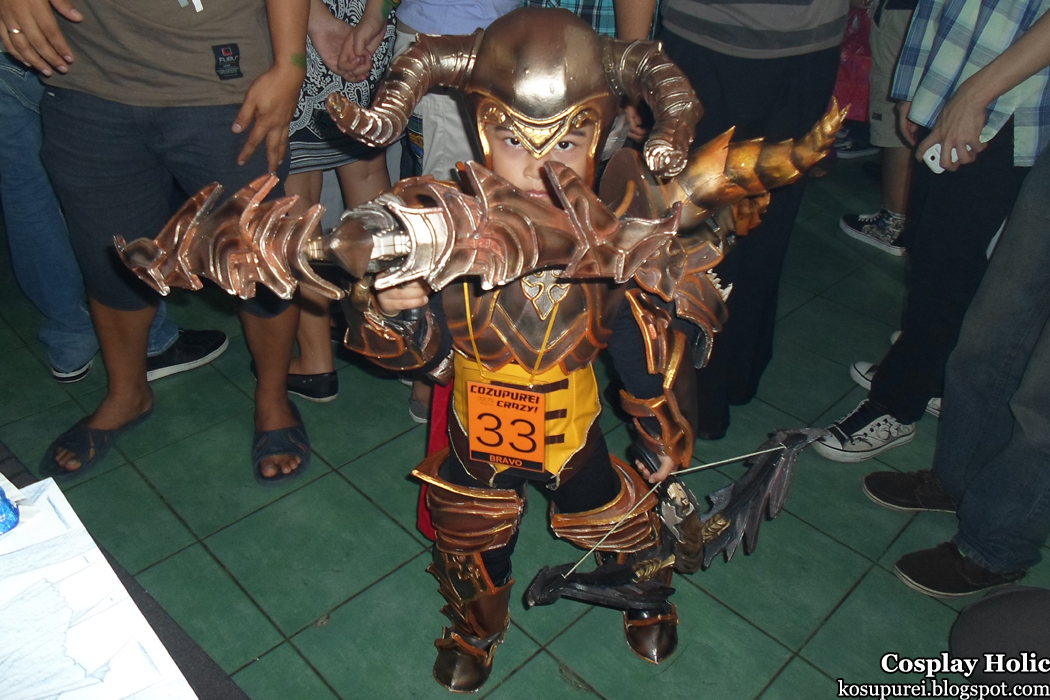 diablo 3 cosplay - demon hunter at oh no! manga cosplay camp