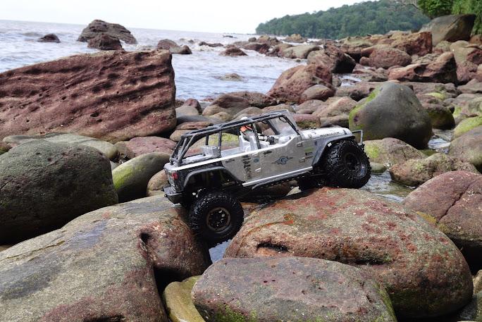 jeep - Axial Jeep Borneo escapade P1020604