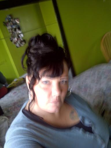Linda Melton Photo 28