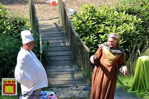 Sjluuk & Co en de geheime speelgoedmachine Openluchttheater Overloon 25-07-2012 (73).JPG