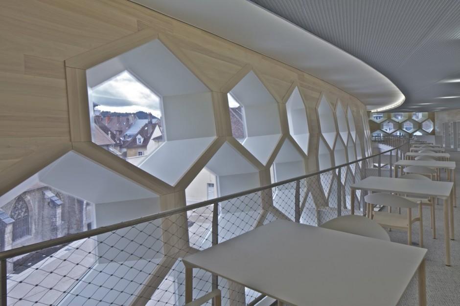 Lons-le-Saunier Library,Cinémas design by du Besset-Lyon