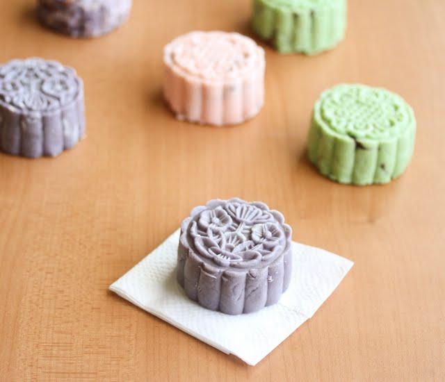 photo of Snowskin Mooncakes