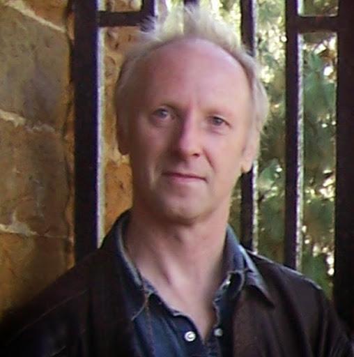 Peter Davies Photo 22