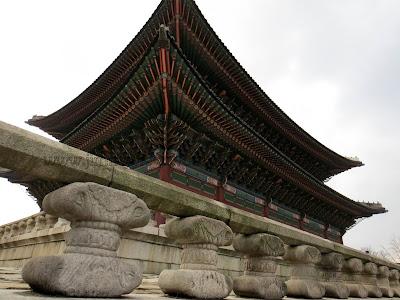 Geunjeongjeon, the throne hall.