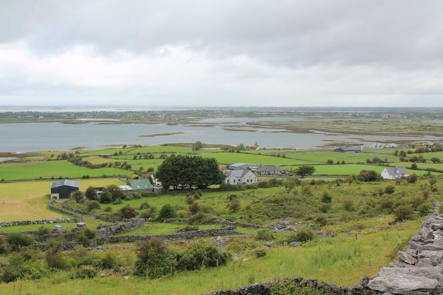 Cliffs западного побережья Ирландии