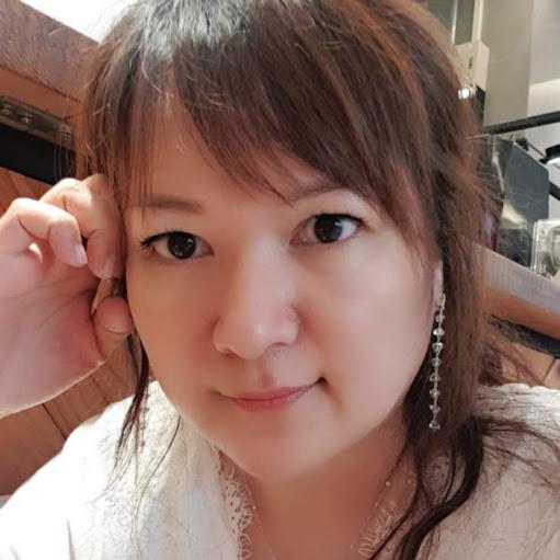 Elain Chen Photo 9