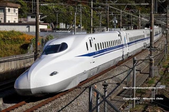 Tàu hỏa N700A Shinkansen trong thực tế
