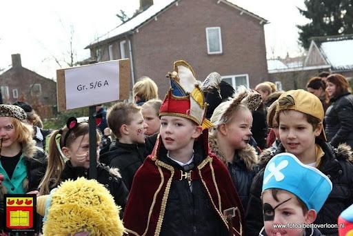 carnavalsfeest op school 08-02-2013 (60).JPG