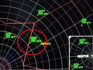 Ovni visto por control de trafico aereo en Siberia, Rusia