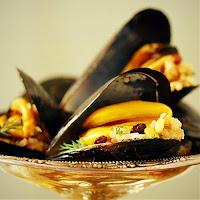 Μύδια Γεμιστά,Stuffed mussels.