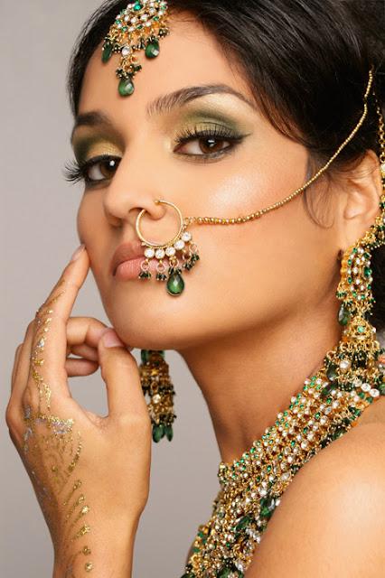 Fotos De Coloridas Novias La India