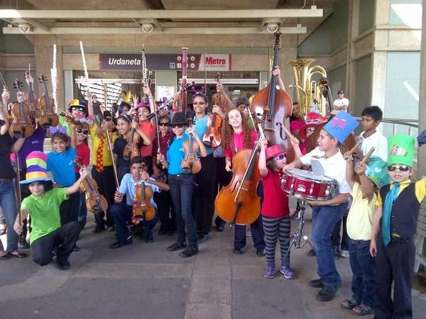 La juventud del Núcleo Metro de Maracaibo, estado Zulia, tomó posesión de las instalaciones del transporte público