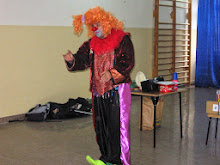 """Klaun """"Walduś"""" w naszej szkole"""