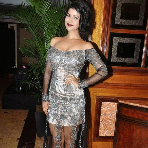 Nimrat Kaur strikes a pose for the lens as she arrives for Vogue Beauty Awards 2014, held at Hotel Taj Lands End in Mumbai, on July 22, 2014.(Pic: Viral Bhayani)