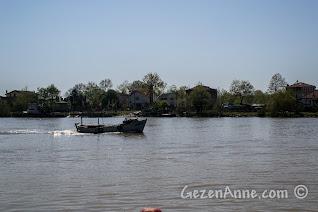 Sakarya Nehri'nin Karadeniz'e döküldüğü yer: Karasu, İhsaniye