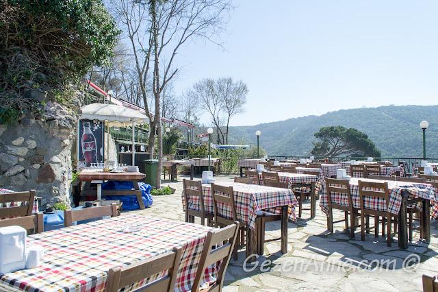 Yoros Cafe ortamı, Anadolu Kavağı