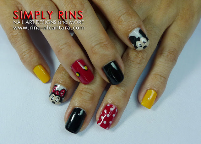 Mickey Mouse nail art design 03