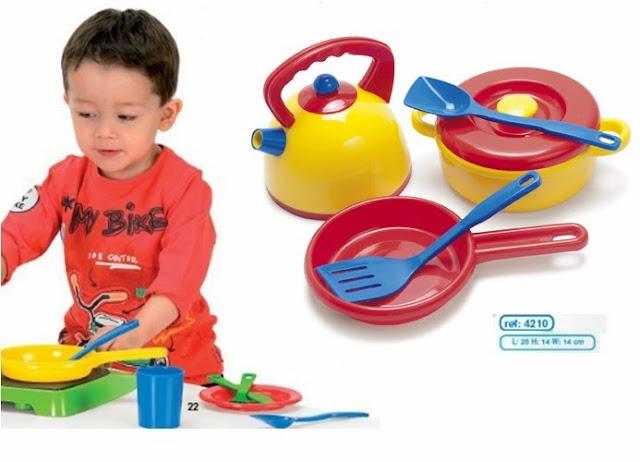Bộ đồ chơi ấm và nồi Dantoy giúp trẻ phát triển sớm nhiều kỹ năng quan trọng