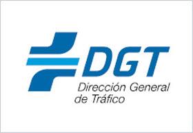 Carta a la DGT contra tres puntos del nuevo RGC: aceras, carril bici y posición en el carril