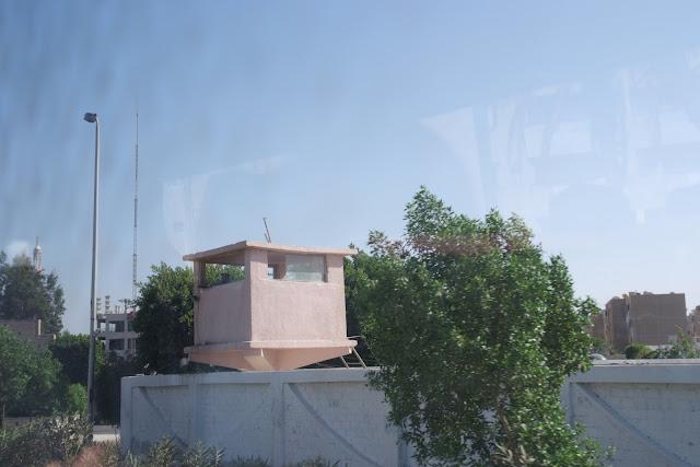 فى مصر الرجل تدب مكان ماتحب ( خاص من أمواج ) 100606-153136-f