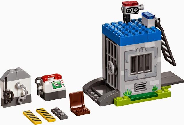 Những chi tiết trong  bộ xếp hình Lego 10675 Cuộc tẩu thoát rất tinh xảo và đẹp mắt