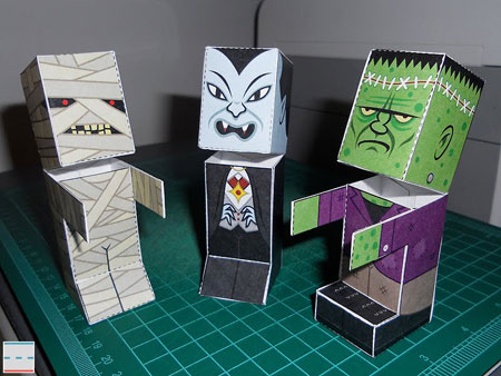 Monster Candy Dispenser Papercrafts