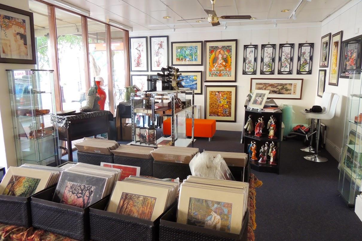 showroom-20.jpg
