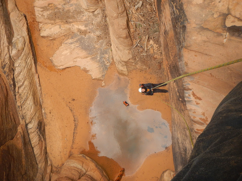 Canyoning the water canyon, Utah
