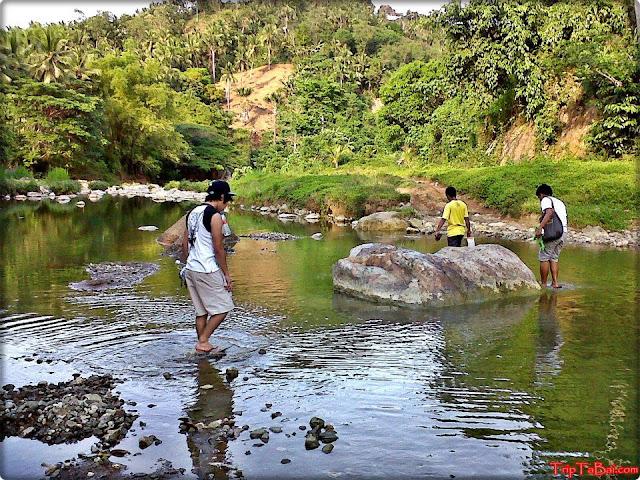 river-trekking-mulao-river