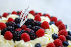 Eggless Berry Bling Fresh Cream Cake
