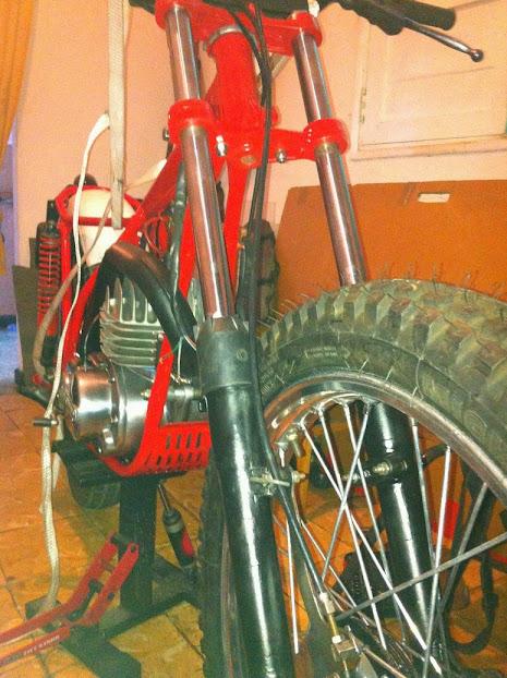 Bultaco Sherpa T125 - Tentado Por El Lado Oscuro - Página 2 IMG_0135