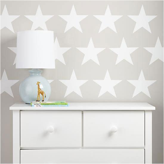 Adhesivos sencillos para decorar paredes