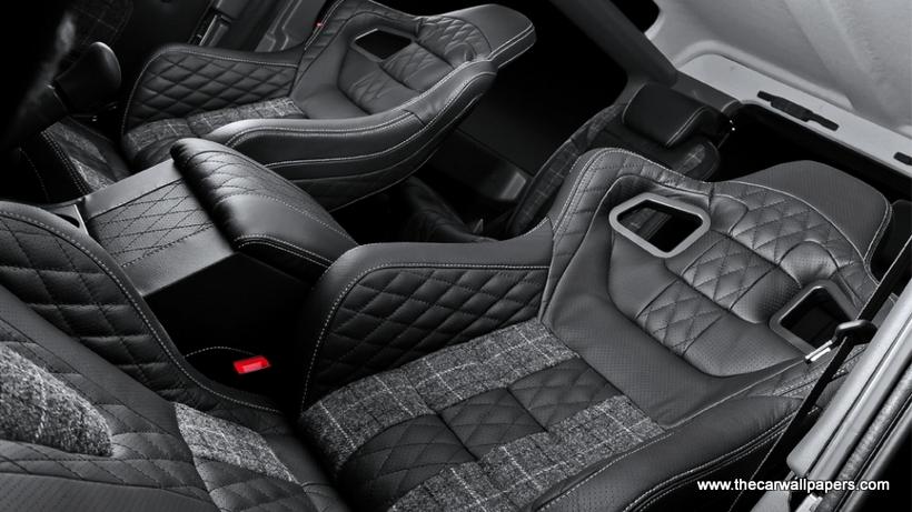 Land Rover Defender by Kahn Design